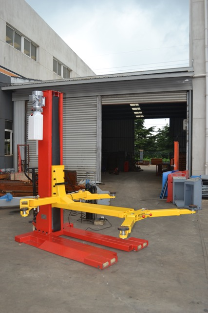 Single Post Car Lifts Sjr Garage Equipment